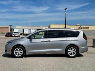 Used 2018 Chrysler Pacifica Touring-L Plus TOURING ROOF LEATHER HEATED SEATS/STEERING WHEEL for sale in Orillia, ON