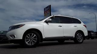 Used 2016 Nissan Pathfinder SL for sale in Brandon, MB