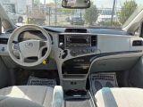 2012 Toyota Sienna LE Photo60