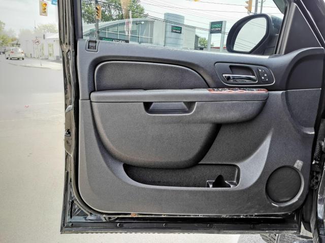 "2011 GMC Sierra 2500 4WD Crew Cab 153"" SLT Photo12"