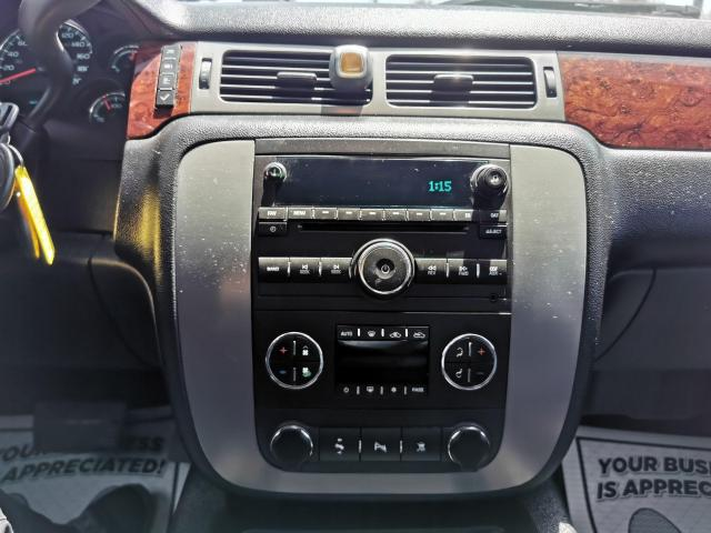 "2011 GMC Sierra 2500 4WD Crew Cab 153"" SLT Photo18"