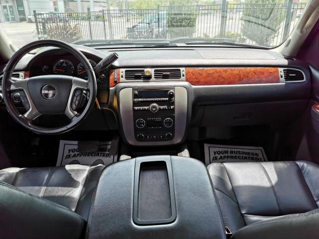 "2011 GMC Sierra 2500 4WD Crew Cab 153"" SLT Photo25"