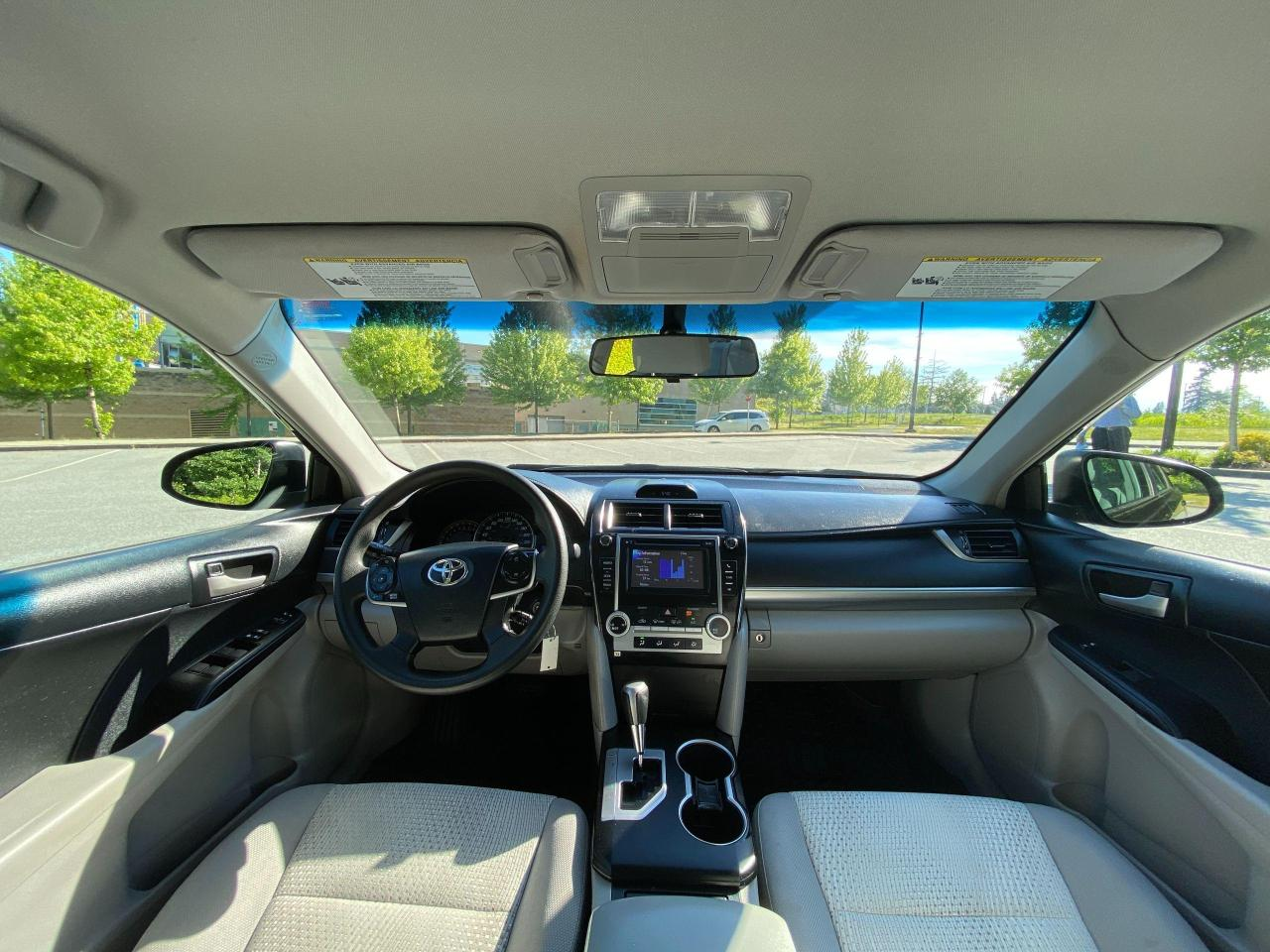 2013 Toyota Camry  Photo12