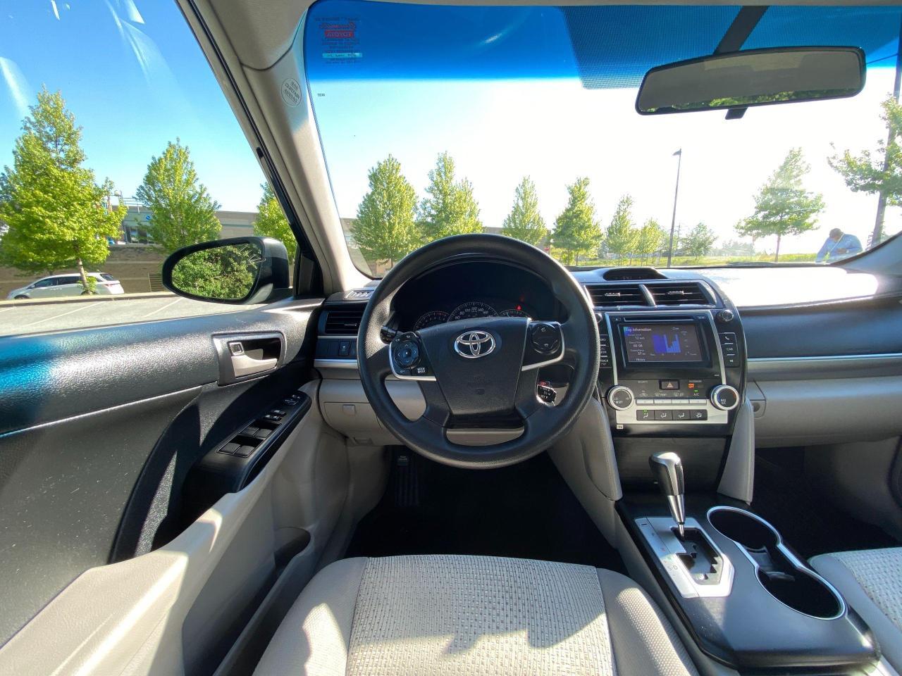 2013 Toyota Camry  Photo13