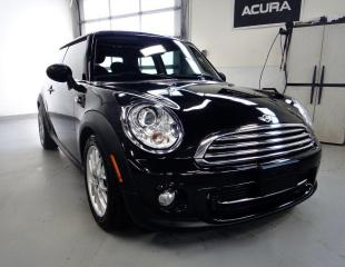 Used 2013 MINI Cooper NAVI,PANO ROOF,NO ACCIDENT,MINIT CONDITION for sale in North York, ON