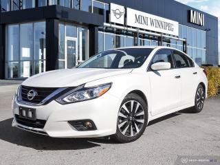 Used 2018 Nissan Altima 2.5 SV Heated Seats! Back up Cam! Sunroof! Bluetooth! for sale in Winnipeg, MB