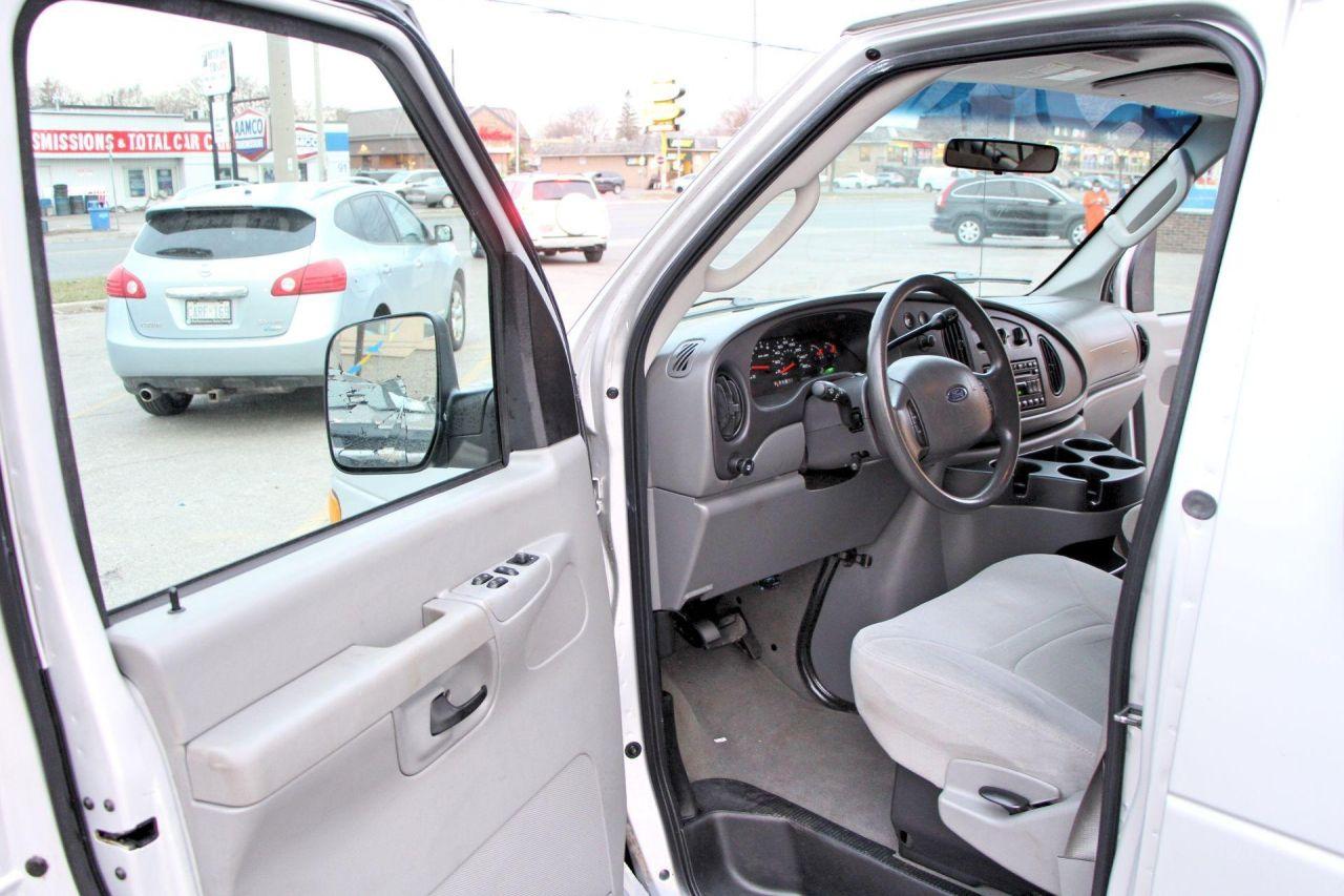 2007 Ford E350