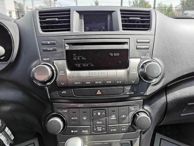 2013 Toyota Highlander 4WD Photo20