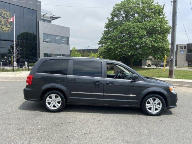 2012 Dodge Grand Caravan Crew, Leather, Sliding Door, Low KM, 7 Pass, Auto,
