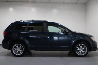 Used 2014 Dodge Journey SXT / Limited for sale in Cambridge, ON