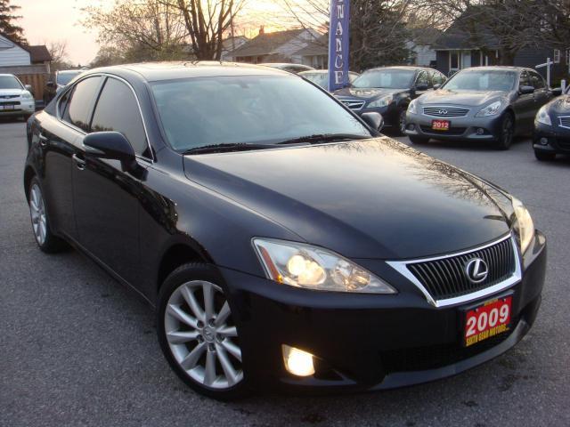 2009 Lexus IS 250 Parking Sensors/Heated Leather Seats/Sunroof