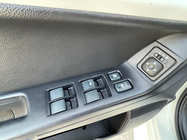 2013 Mitsubishi Lancer SE Photo11