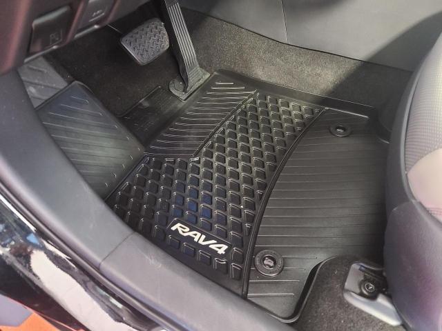 2019 Toyota RAV4 LIMITED AWD Photo18