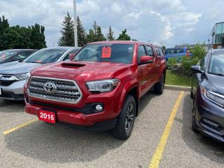 Used 2016 Toyota Tacoma SR5 for sale in Waterloo, ON