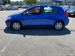 Used 2010 Nissan Versa SL for sale in Vancouver, BC