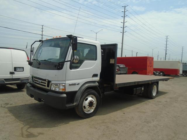 2007 Ford LCF FLAT BED