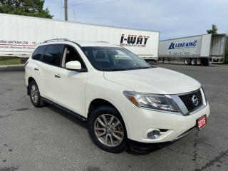 Used 2015 Nissan Pathfinder AWD, Only 79000 KM, 7 Passengers, Backup Cam., for sale in Toronto, ON