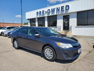 Used 2014 Toyota Camry LE for sale in Brantford, ON