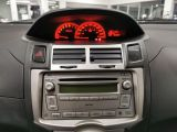 2010 Toyota Yaris 5dr Hatchback Photo40