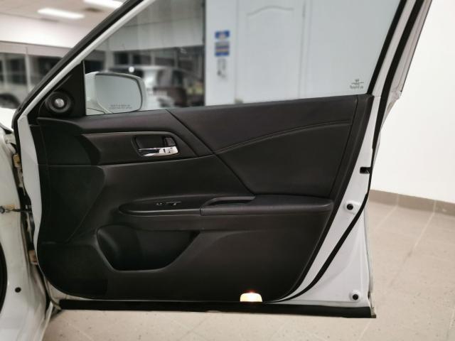 2013 Honda Accord Touring Photo33