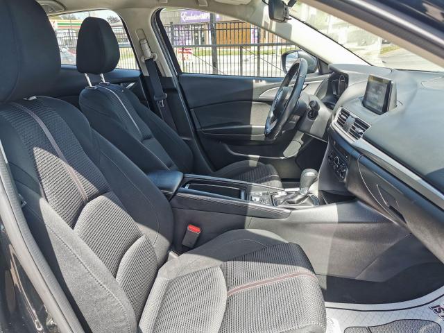 2017 Mazda MAZDA3 GS Automatic Sedan Photo32