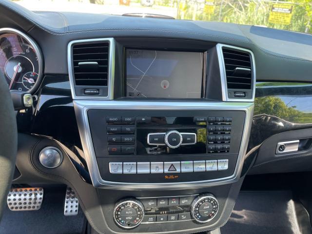 2014 Mercedes-Benz M-Class ML 63 AMG Navigation /Sunroof /Camera Photo16