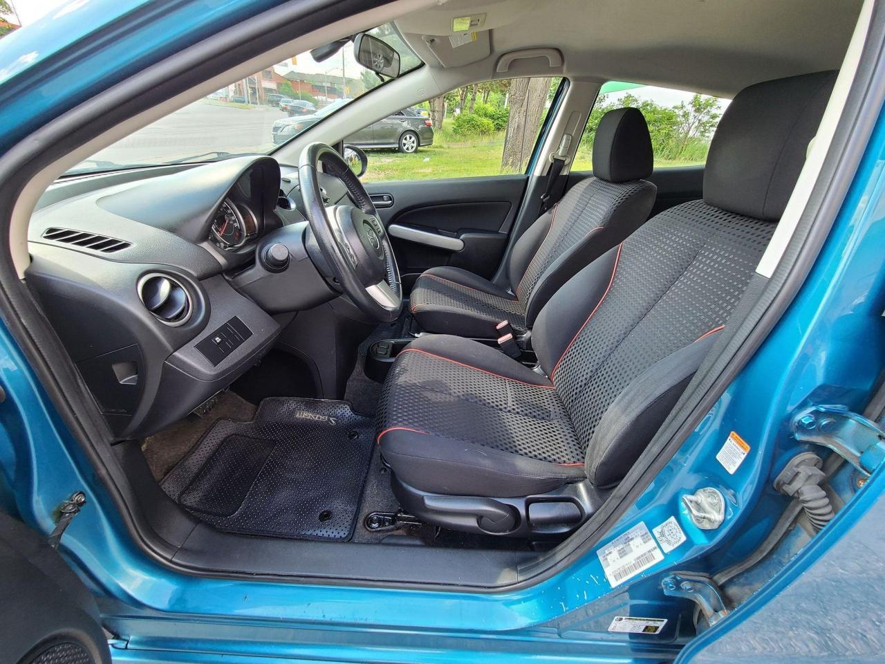 2011 Mazda MAZDA2