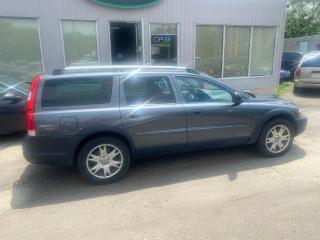 Used 2007 Volvo XC70 CROSS COUNTRY AS-IS for sale in Mississauga, ON