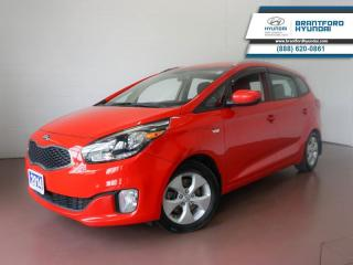 Used 2014 Kia Rondo 1 OWNER   BLUETOOTH   HTD SEATS   PARK ASSIST  - $60 B/W for sale in Brantford, ON