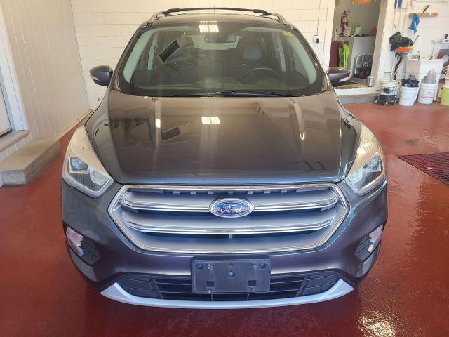 2017 Ford Escape Titanium Photo5