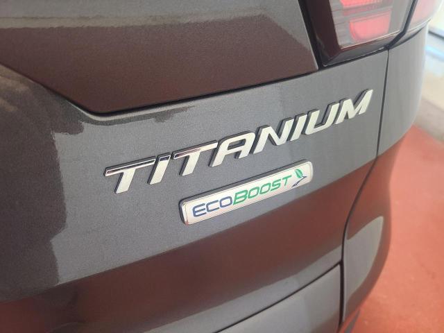 2017 Ford Escape Titanium Photo9