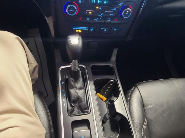 2017 Ford Escape Titanium Photo18