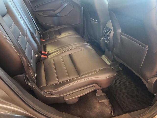 2017 Ford Escape Titanium Photo25
