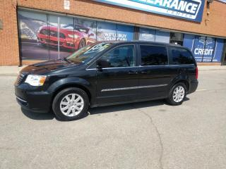 Used 2014 Chrysler Town & Country TOURING for sale in Mississauga, ON