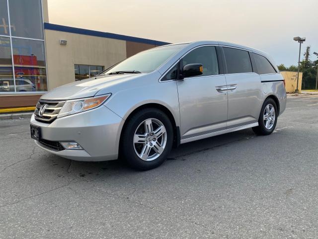 2012 Honda Odyssey TOURING NAVIGATION/REAR CAMERA/8 PASS
