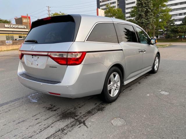 2012 Honda Odyssey TOURING NAVIGATION/REAR CAMERA/8 PASS Photo5