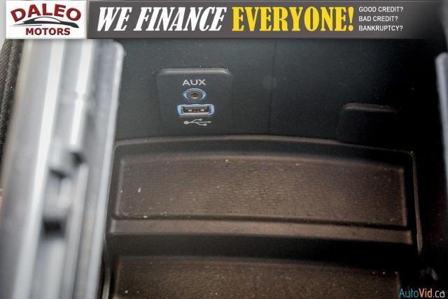 2015 Dodge Journey SXT / 7 PASSENGER / HEATED MIRRORS Photo24