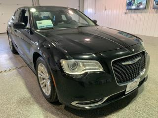 Used 2017 Chrysler 300 Limited RWD #Clean Carfax #Low kms for sale in Brandon, MB