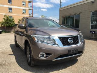 Used 2014 Nissan Pathfinder SL 4WD for sale in Waterloo, ON