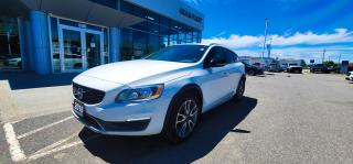 Used 2016 Volvo V60 Crosscountry for sale in North Bay, ON
