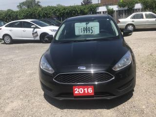 Used 2016 Ford Focus SE for sale in Hamilton, ON