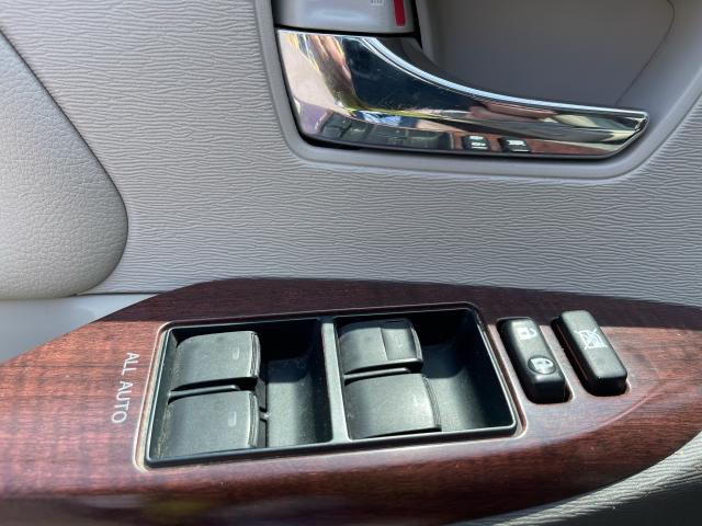 2011 Toyota Sienna XLE Leather/Sunroof /Camera/7 Pass Photo11