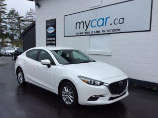 Used 2018 Mazda MAZDA3 LEATHER, NAV, HEATED SEATS, ALLOYS, SUPER LOW KM!! for sale in North Bay, ON