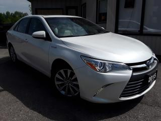Used 2015 Toyota Camry HYBRID XLE - LEATHER! NAV! BACK-UP CAM! BSM! SUNROOF! for sale in Kitchener, ON