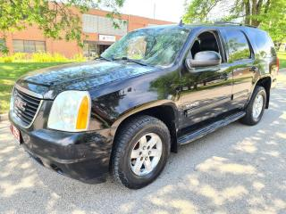 Used 2011 GMC Yukon 4WD 4dr 1500 SLE for sale in Mississauga, ON