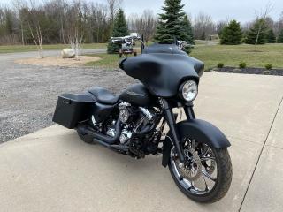 Used 2012 Harley-Davidson FL-STREET GLIDE for sale in Brantford, ON