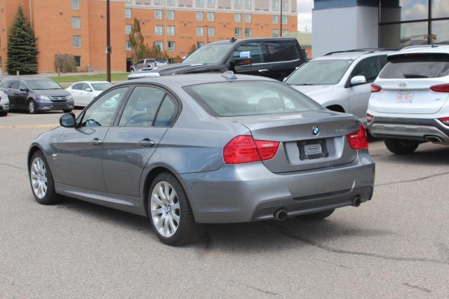 2009 BMW 3 Series 335i xDrive Photo3
