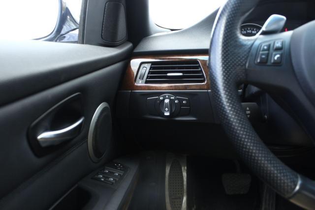 2009 BMW 3 Series 335i xDrive Photo11