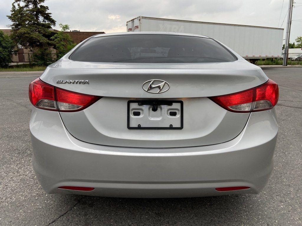 2011 Hyundai Elantra