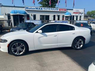 Used 2015 Dodge Charger SXT-Rallye for sale in Stoney Creek, ON